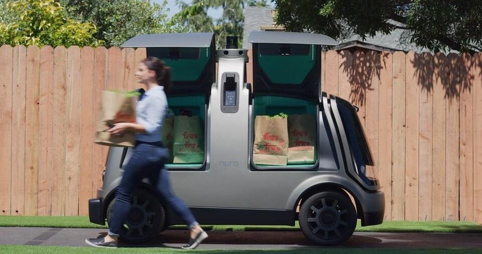 Une voiture autonome de livraison.