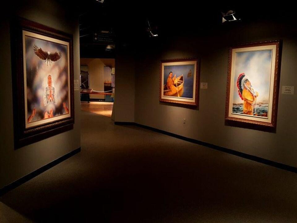 Les toiles de chefs autochtones au Musée du Nouveau-Brunswick