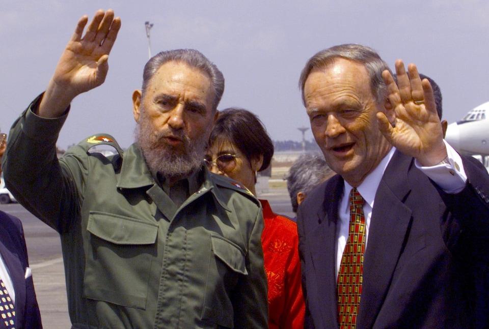 Fidel Castro et Jean Chrétien en 1998.