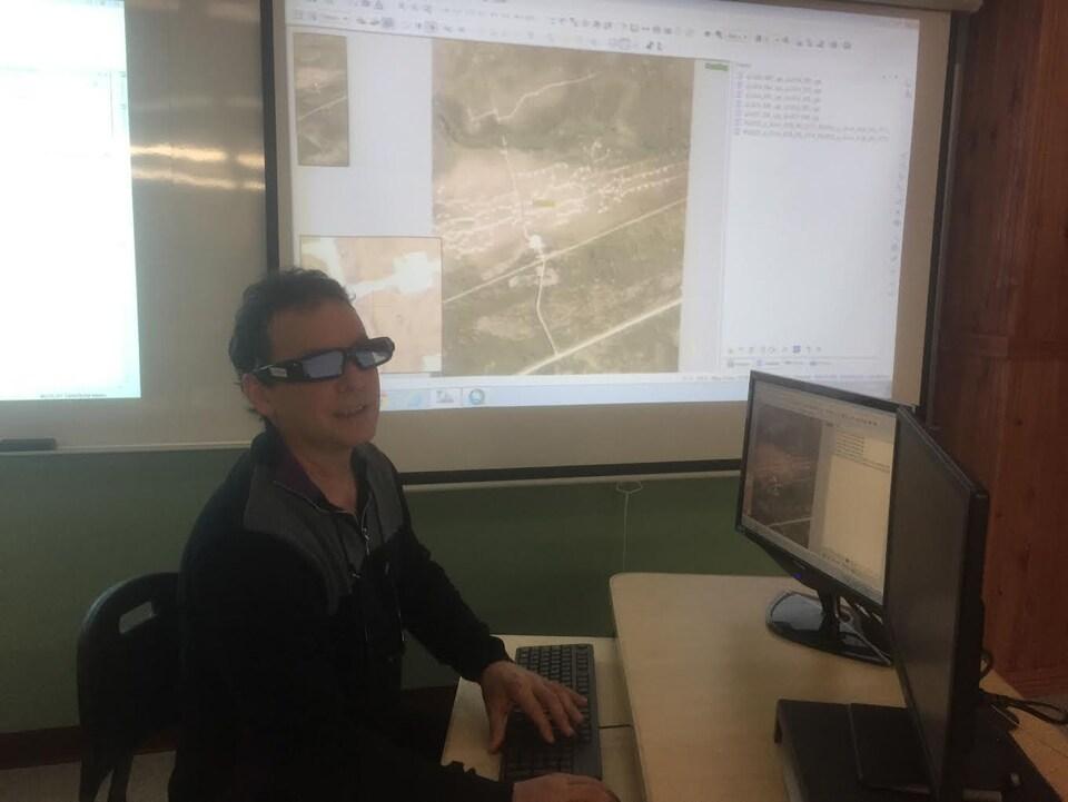 Le coordonnateur du département de technologie forestière, Jean Boivin