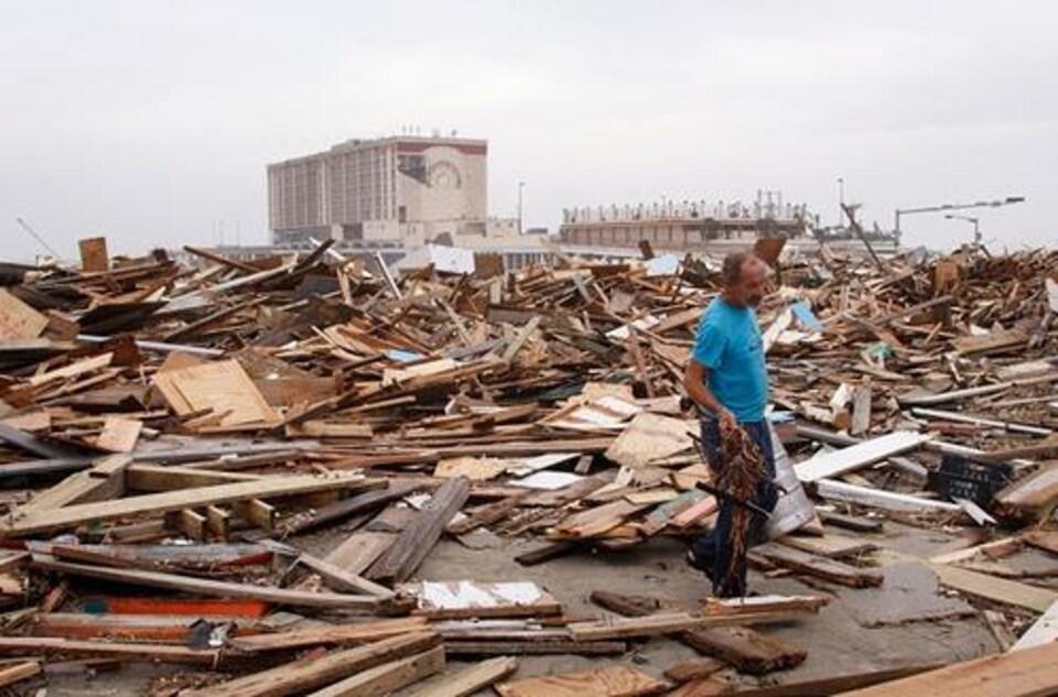 Des débris d'un ouragan