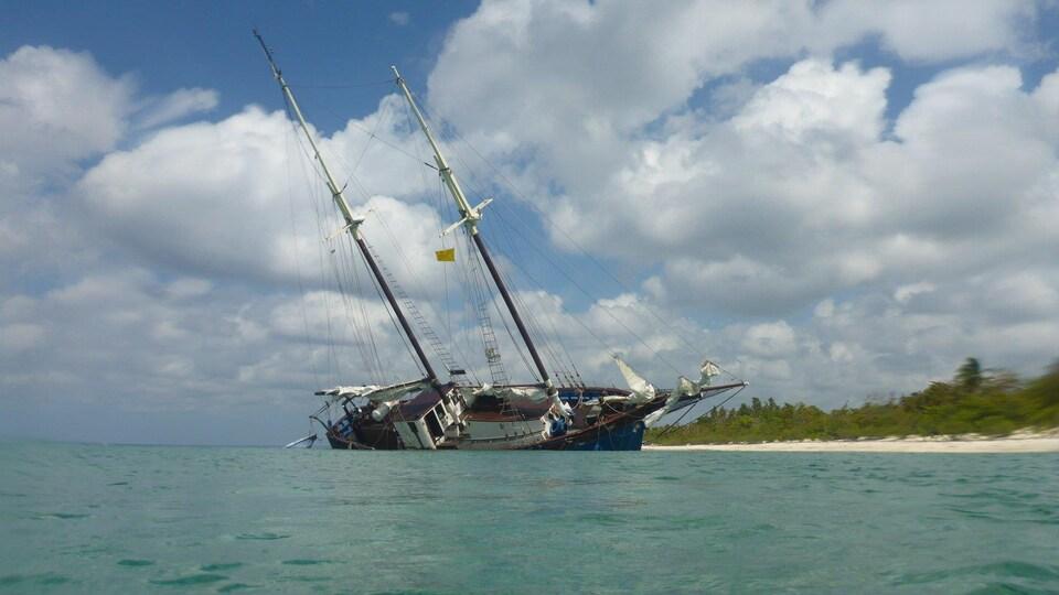 La goélette Grosse-Île échouée à Maria la Gorda
