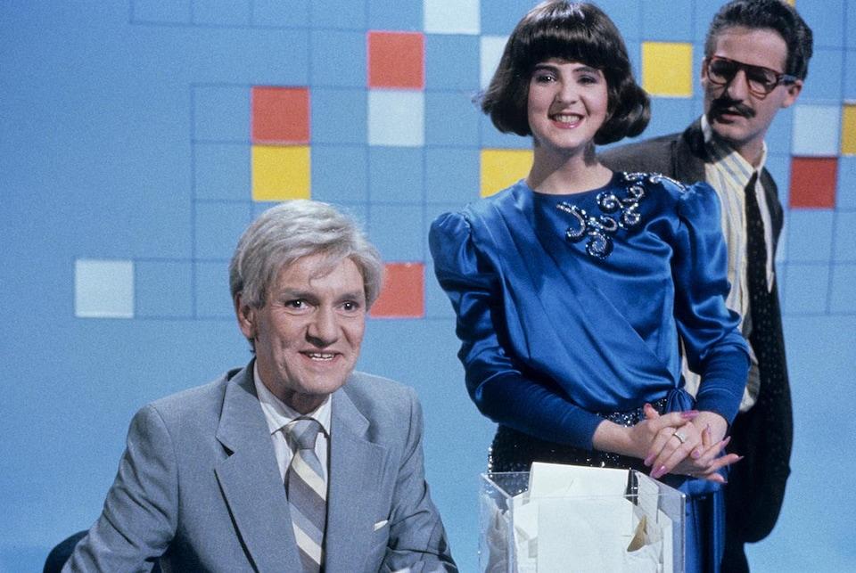 Dominique Lévesque, Marie-Lise Pilote et Dany Turcotte dans un sketch du Groupe sanguin en 1990
