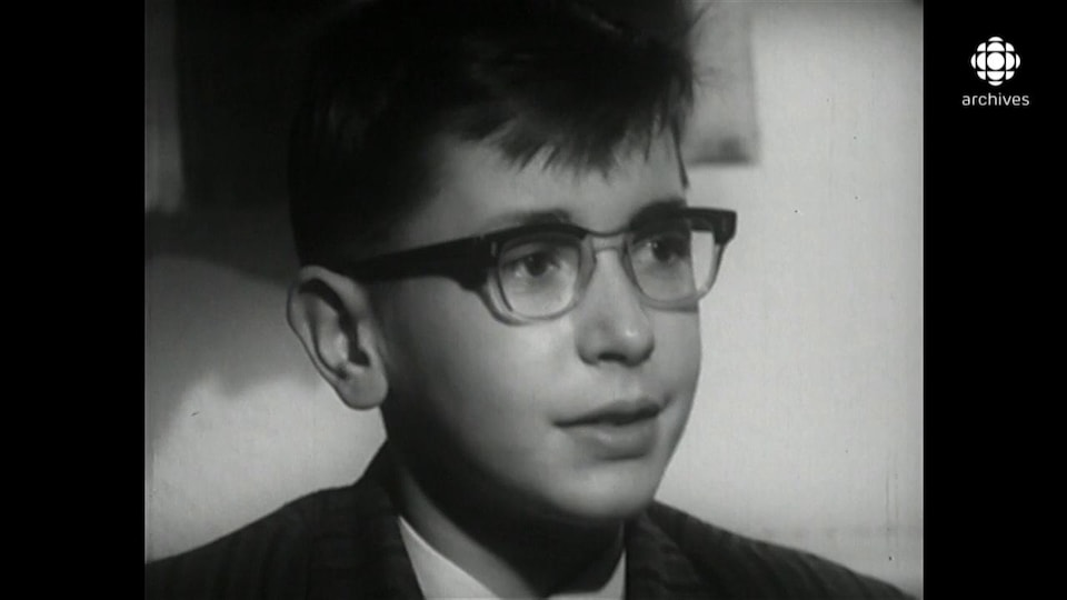 Henri Brassard, enfant, en entrevue.