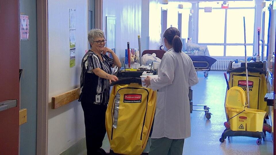 Manque de main-d'oeuvre dans les hôpitaux de l'Est du Québec.