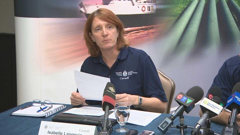 Isabelle Langevin du BST en conférence de presse à Halifax le 8 novembre 2018.