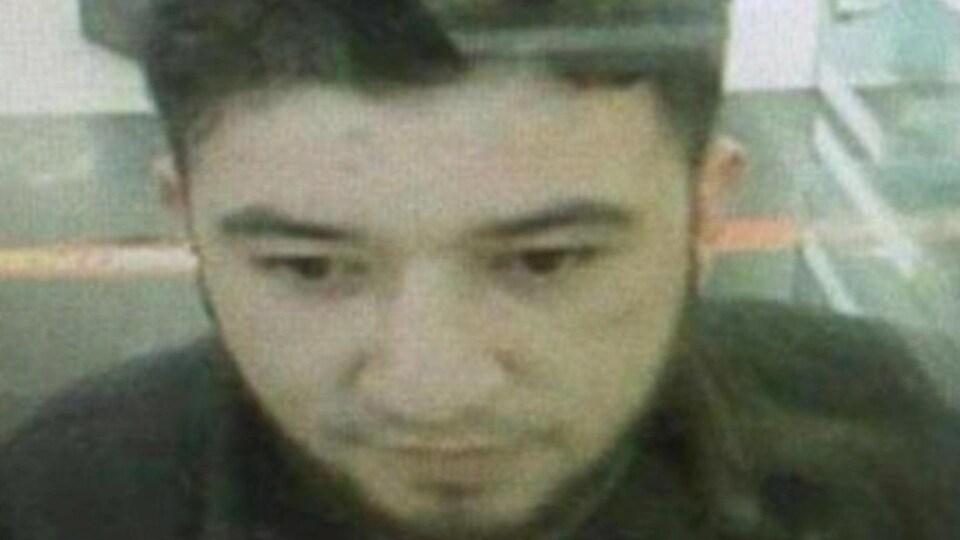 L'auteur présumé de l'attentat dans une boîte de nuit d'Istanbul.