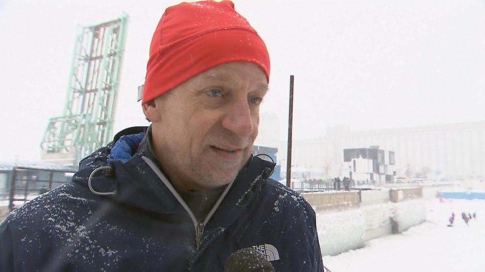 Le vétéran du canot à glace Jean Anderson, après sa 25e victoire