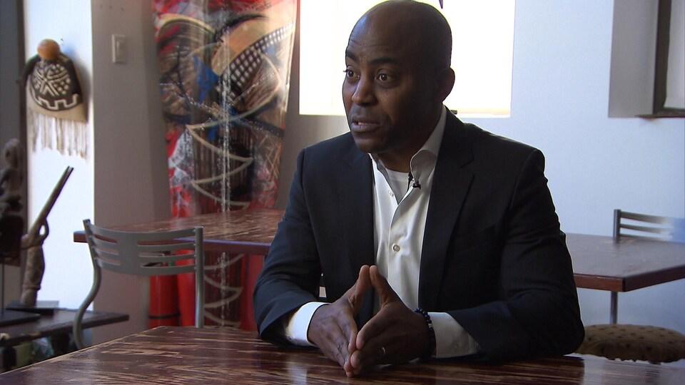 Jean-David E'ngazi, président de la communauté congolaise de Montréal.