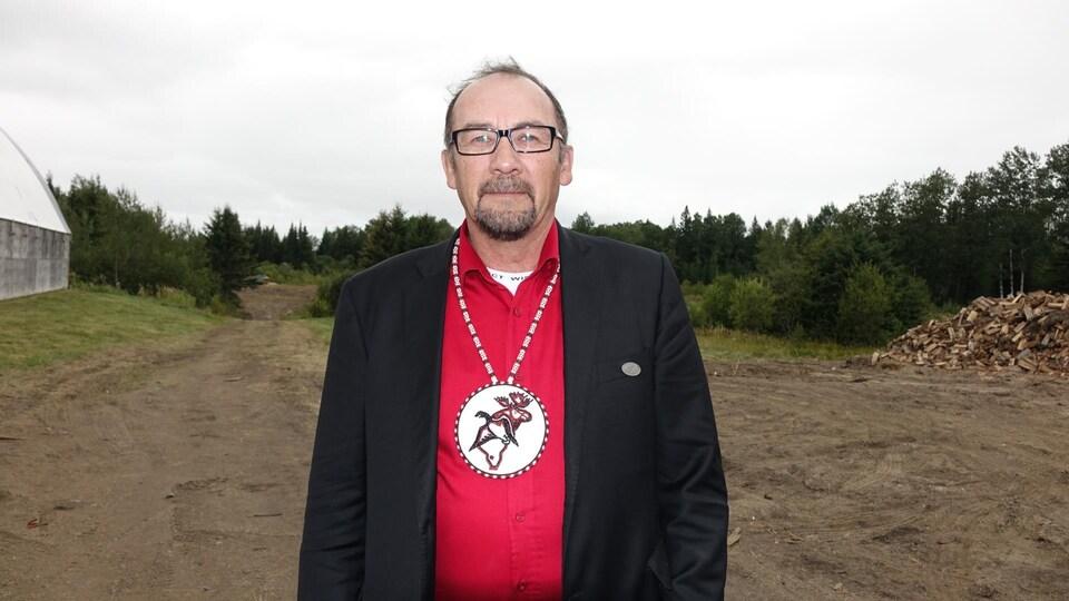 Jonathan Solomon est le grand chef du conseil Mushkegowuk, qui regroupe sept Premières Nations dans le Nord-Est de l'Ontario.