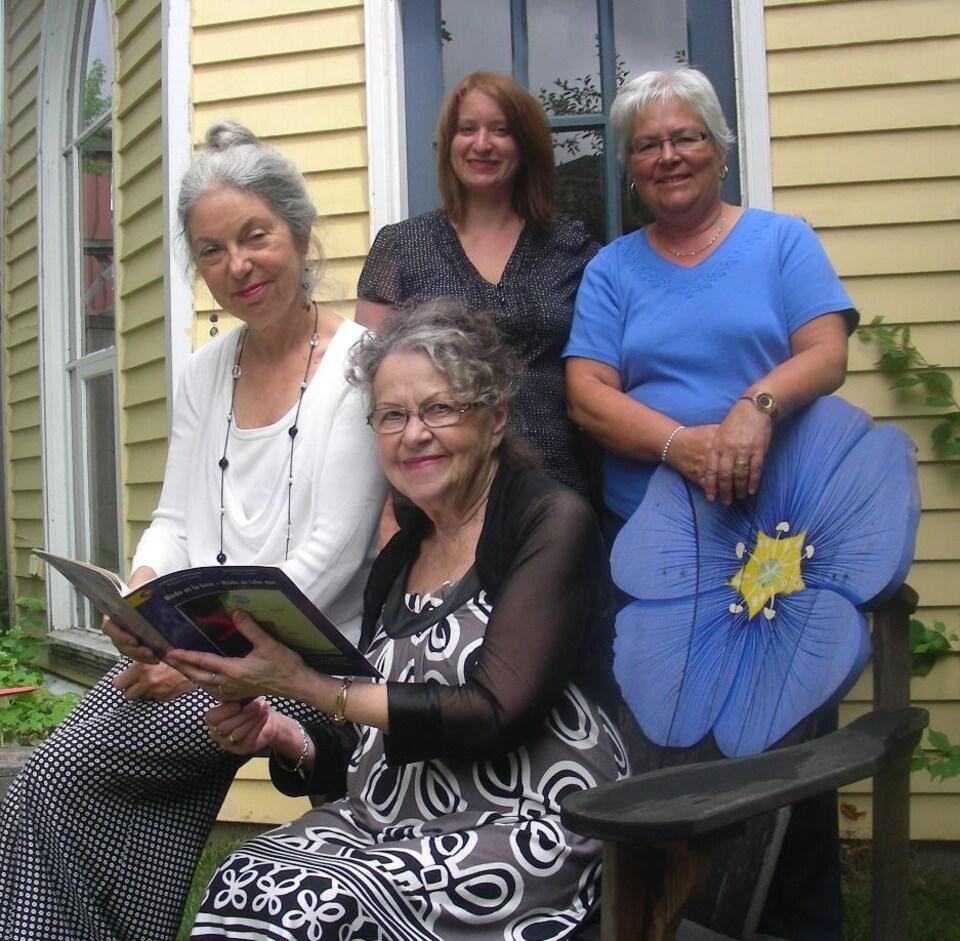Lisa Lévesque, Louise Imbeault, Marie Cadieux et Marguerite Maillet.