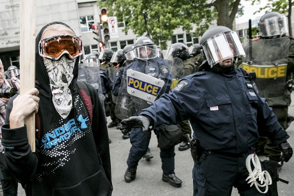 Les policiers de l'escouade antiémeute étaient nombreux lors de la manifestation.