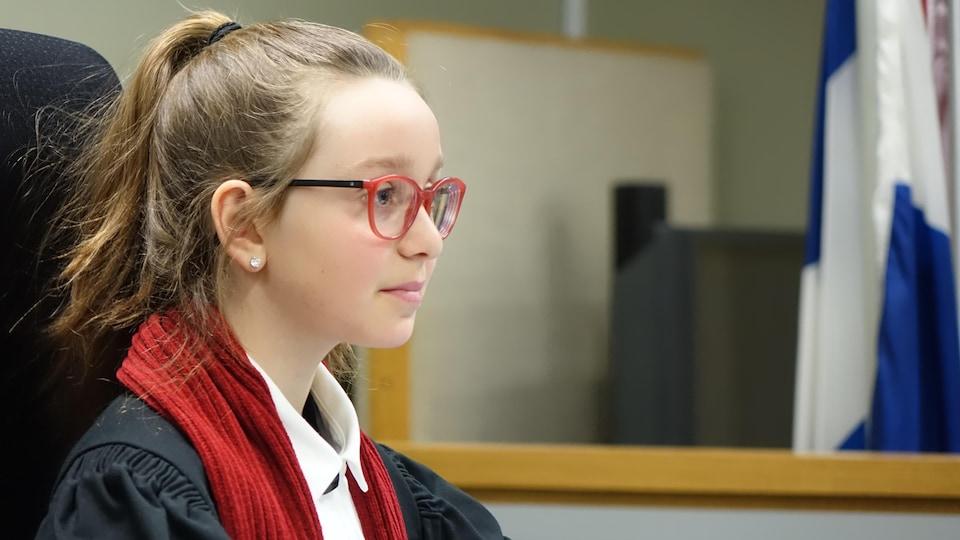 Margot Landry, 11 ans, a fait office de juge lors du procès simulé.