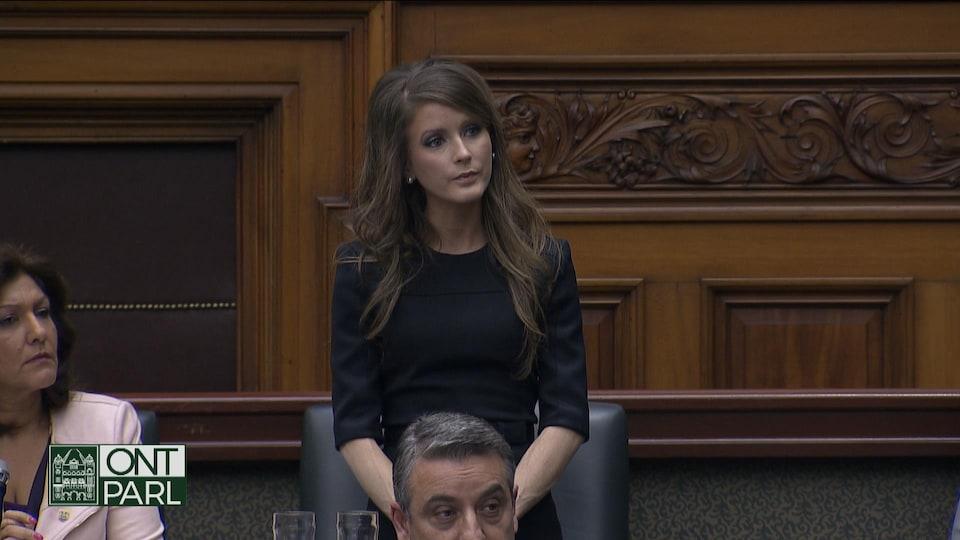 La députée Amanda Simard en chambre