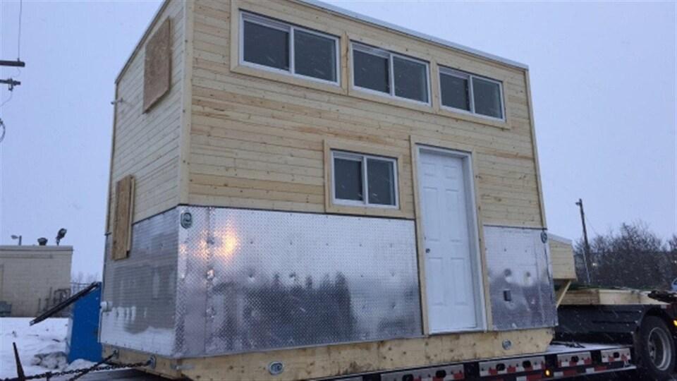 Une mini-maison installée dans la réserve de la Première Nation Big River, au nord de Saskatoon.