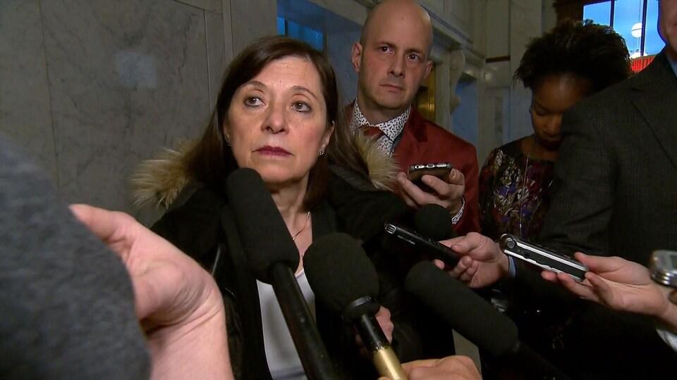 La ministre de la Santé Danielle McCann veut renforcer le système public de santé au Québec.