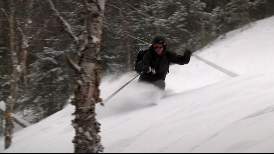Skieur au Mont Pésac, à Gaspé
