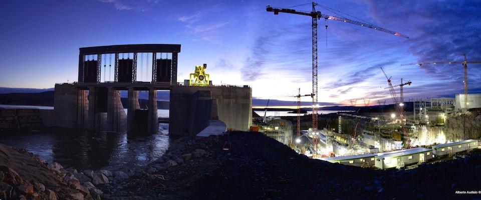 Chantier de construction près du fleuve Churchill