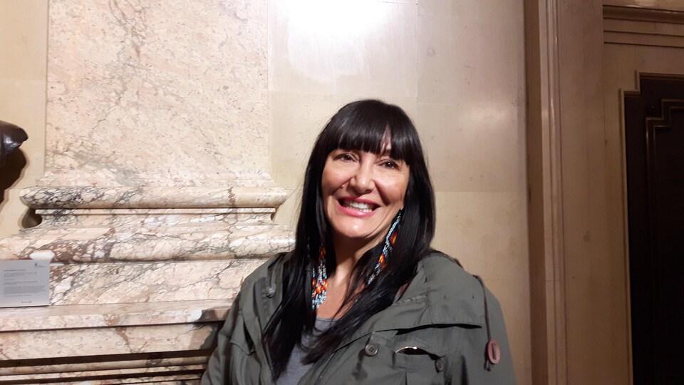 La fondatrice et directrice générale des Productions Feux Sacrés, Nadine St-Louis