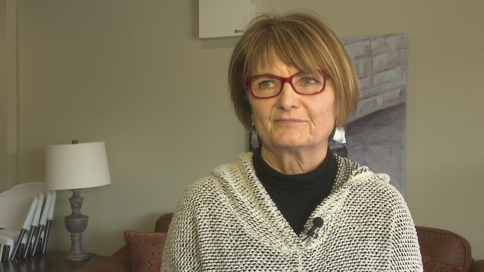 Pauline Sherren Grant explique que la demande de logements non fumeurs explose à Charlottetown.