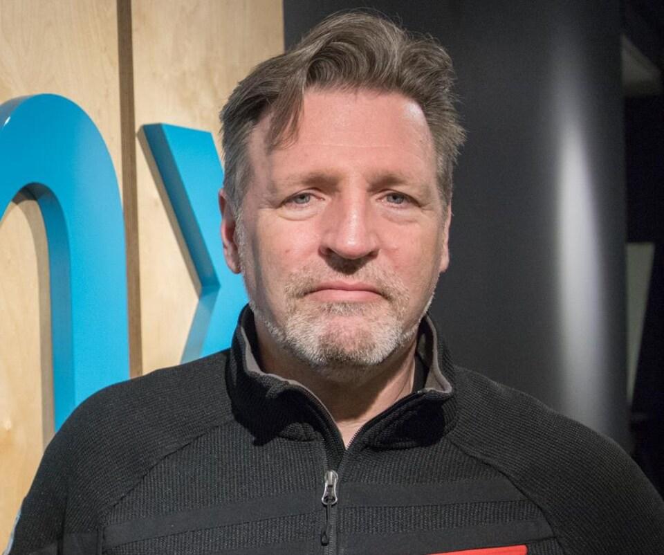 Phillip Stamp, vice-président des opérations courantes chez DHX Media.