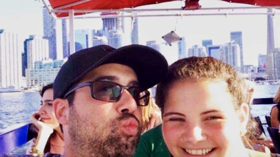 Pierre Parent, décédé en décembre 2017 après avoir consommé du Four Loko, de la caféine et un médicament contre le rhume, et sa conjointe, Audrey Provencher.