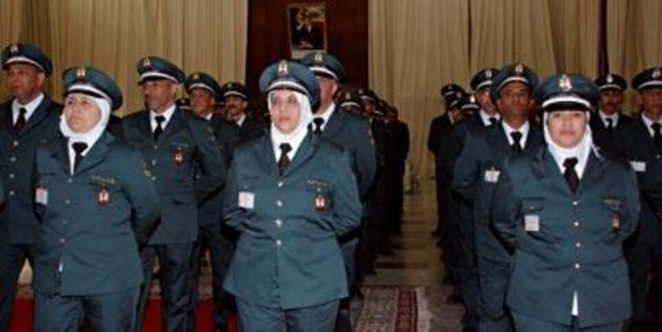Une photo du journal marocain «La Vie Éco» montre des policières voilées à Rabat.