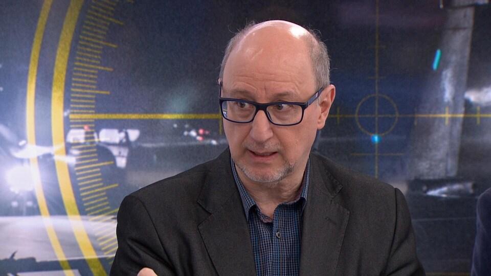 Le journaliste François Brousseau.