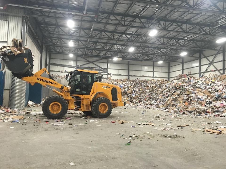 Entrepôt de matières recyclables