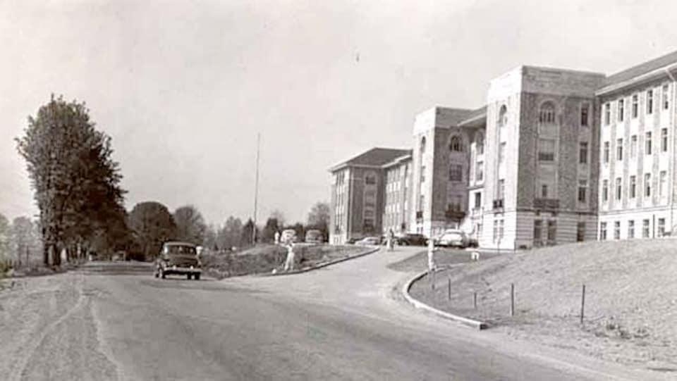 Photo historique en noir et blanc de l'hôpital psychiatrique de Riverview