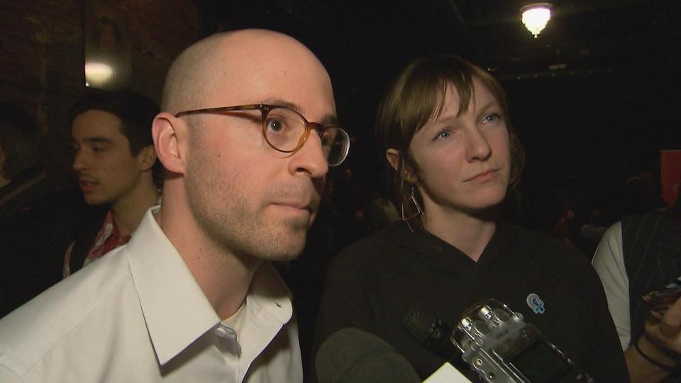 Les députés de Québec solidaire Sol Zanetti et Catherine Dorion.