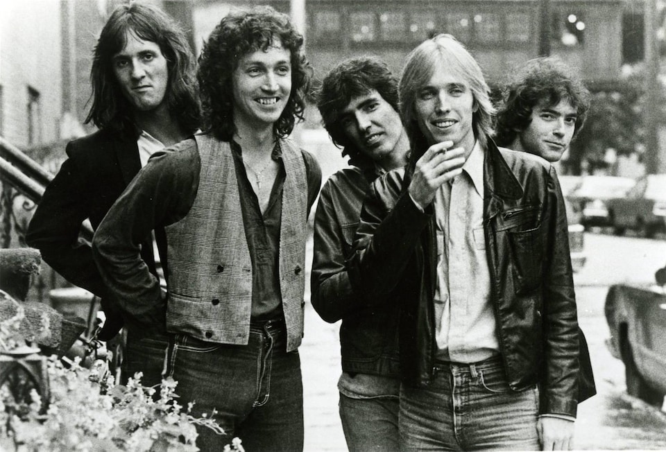 Stan Lynch, Mike Campbell, Ron Blair, Tom Petty et Benmont Tench du groupe Tom Petty and the Heartbreakers