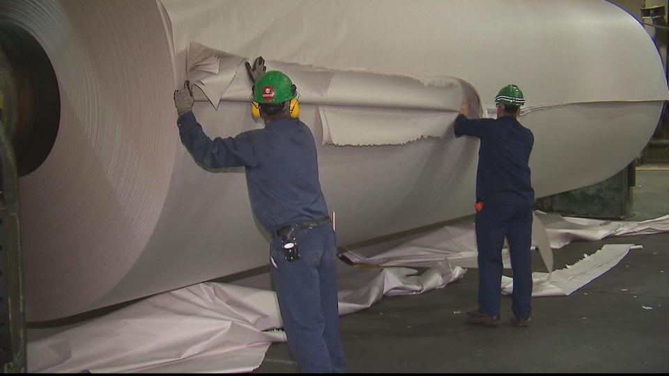 Le papier fabriqué à Baie-Comeau est surtout exporté en Amérique du Sud.