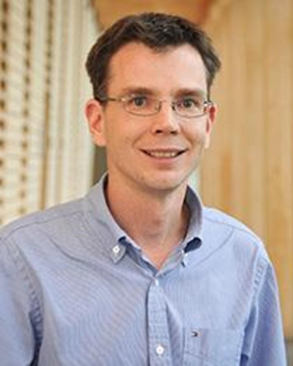 Le directeur du Groupe de recherche en eau souterraine (GRES) de l'Université du Québec en Abitibi-Témiscamingue, Vincent Cloutier.