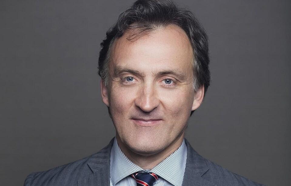 Vincent Gautrais, professeur titulaire à la Faculté de droit de l'Université de Montréal