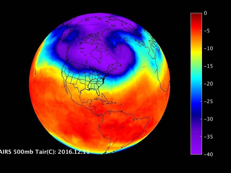 Une image infrarouge de la NASA montre le vortex polaire au-dessus de la terre.