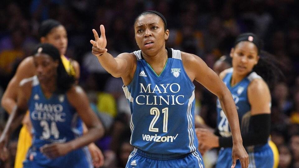 Renee Montgomery lors d'une partie avec le Lynx du Minnesota