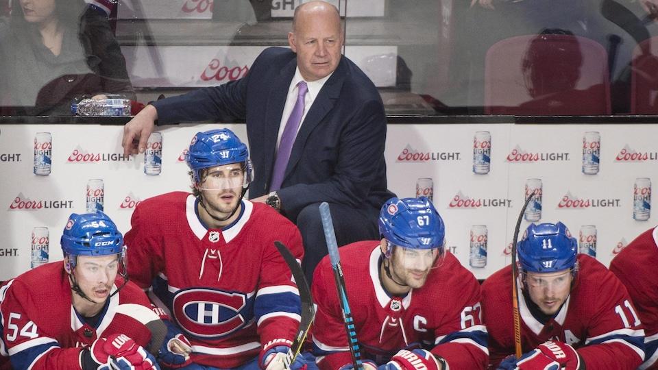 Claude Julien et des joueurs du Canadien de Montréal