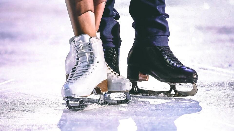Deux paires de patins