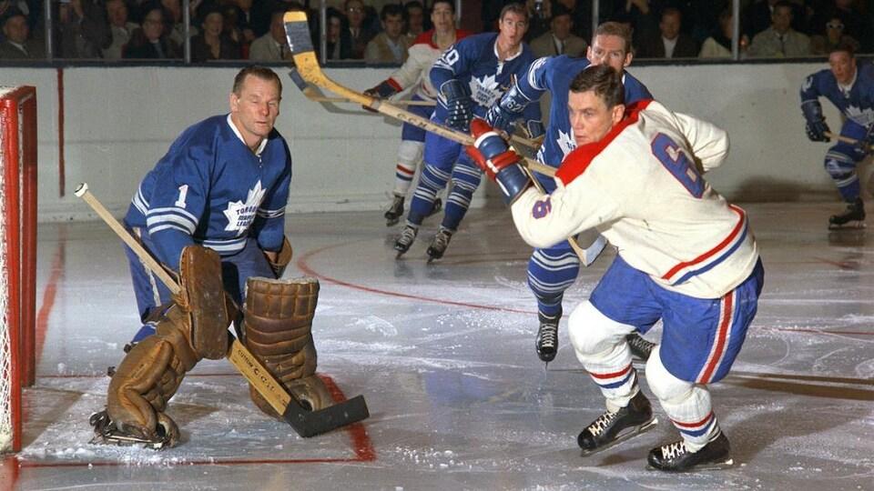 Une photo d'époque de joueurs de hockey