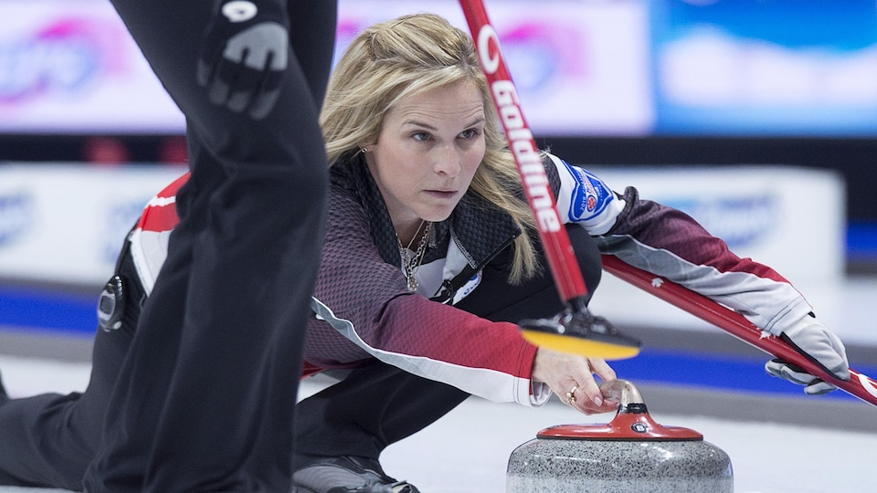 Jennifer Jones en pleine action.
