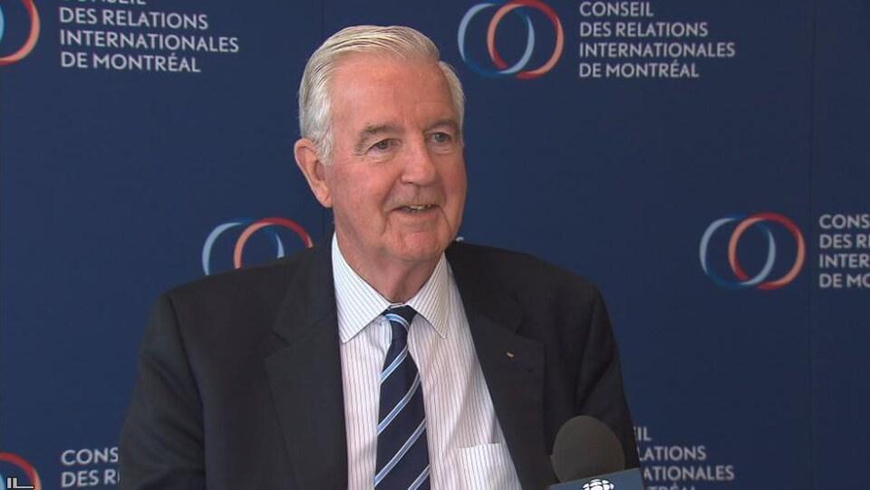 Sir Craig Reedie, président de l'Agence mondiale antidopage (AMA), répond aux questions de Radio-Canada sports.