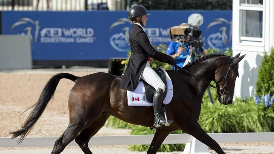 La Canadienne Jessica Phoenix aux Jeux équestres mondiaux avec son cheval Pavarotti