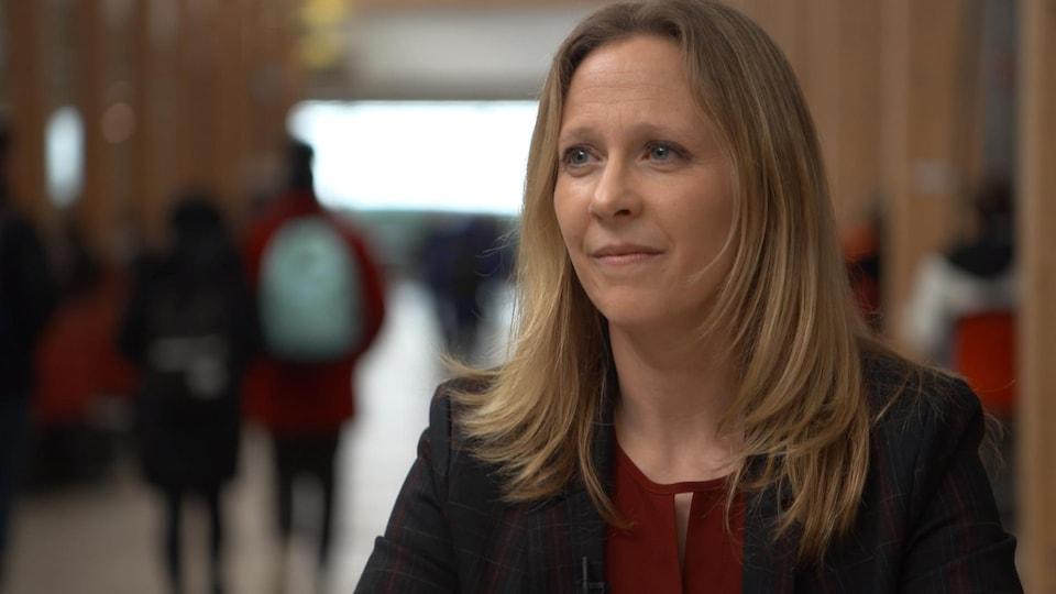 Sylvie Parent,  professeure titulaire au département d'éducation physique de l'Université Laval