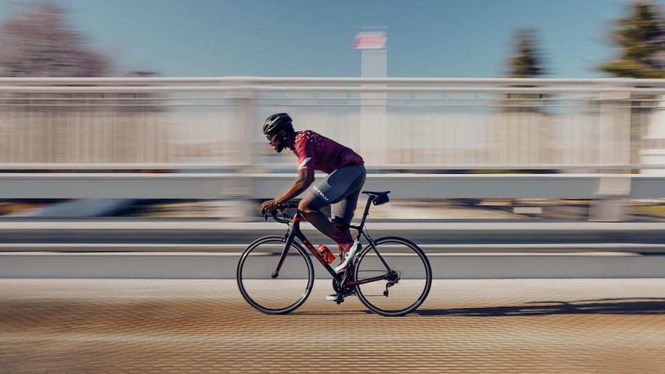 Photo de Xavier Jourson à vélo