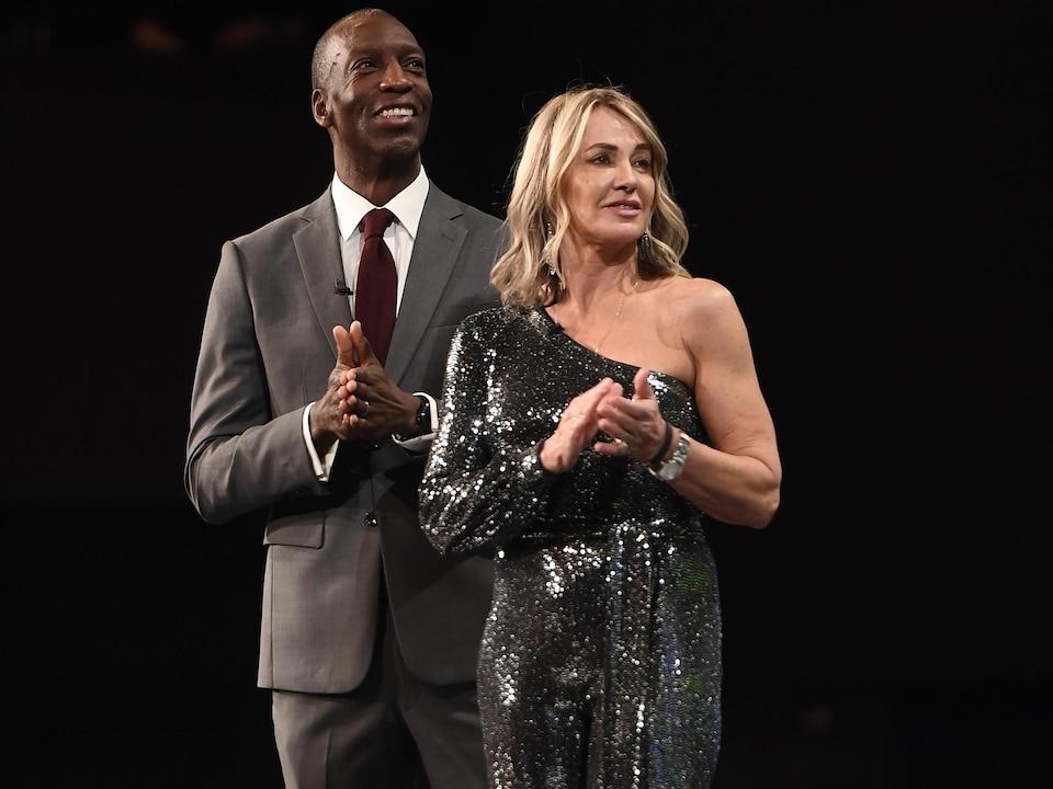 Michael Johnson et Nadia Comaneci en 2020.