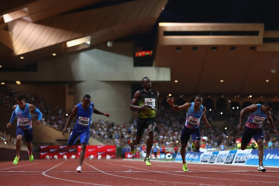 Usain Bolt gagne le 100 m à l'étape de la Diamond League à Monaco.