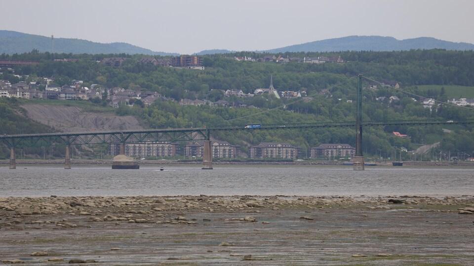 Les travaux du nouveau pont de l'île d'Orléans auront lieu simultanément.