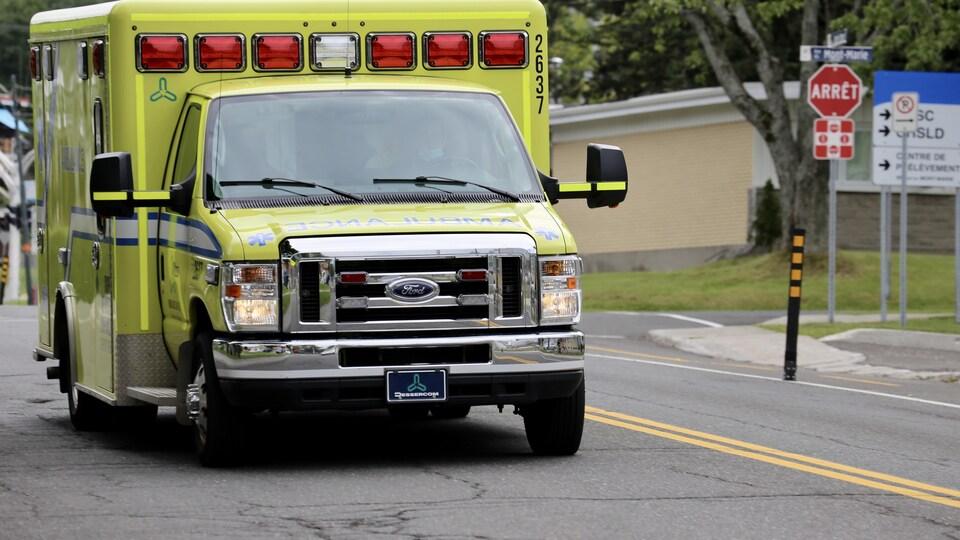 Une ambulance