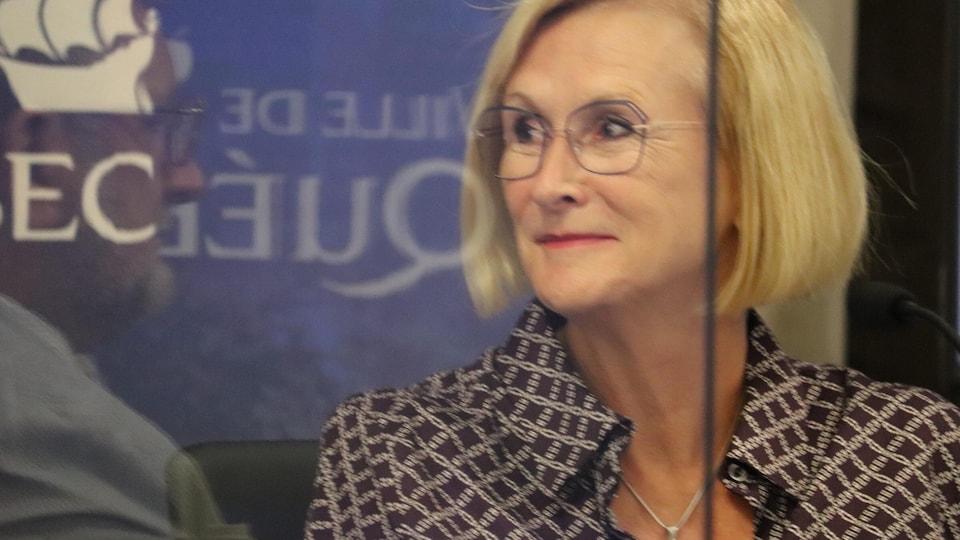 Le maire de Québec et la directrice générale adjointe ont travaillé en étroite collaboration dans la dernière année.